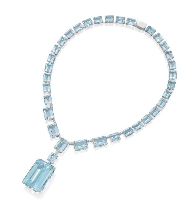Marina Ruy Barbosa usa  colar de água marinha e diamante. Peça da joalheria Amsterdam Sauer está avaliada em R$504 mil (Foto: Divulgação)