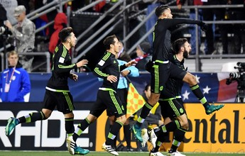 Sem muros: Rafa Márquez faz no fim, e México bate EUA pelas eliminatórias