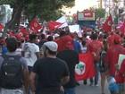 Em Salvador, grupo faz caminhada em favor do governo Dilma