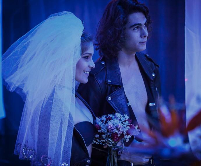 Pedro sonha com casamento com Karina (Foto: Fabiano Battaglin/Gshow)