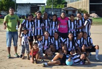 Atlético Mararu, Futebol feminino em Santarém (Foto: Gustavo Campos/GloboEsporte.com)