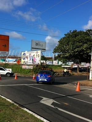 Interdição para obras de mobilidade urbana da Prefeitura para a Copa do Mundo de 2014 (Foto: André Teixeira/Globoesporte.com)