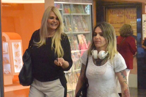 Monique Evans e Cacá Werneck (Foto: AgNews)