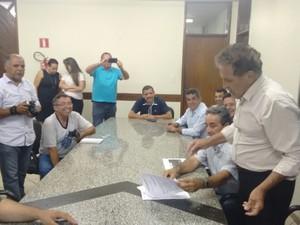 Decreto do tombamento foi assinado pelo prefeito nesta quinta-feira (29) (Foto: Geraldo Humberto/Arquivo pessoal)