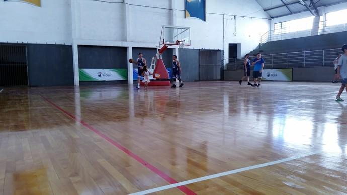 Ginásio do DED, em Vitória, é reaberto após reforma no piso flutuante (Foto: Sidney Magno Novo/GloboEsporte.com)