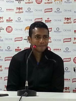 Augusto Recife Joinville JEC (Foto: Karen Couto/RBS TV)