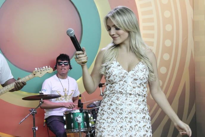 Priscila Miazzi foi revelada pelo 'Boto Fé', do 'Paneiro' (Foto: Katiúscia Monteiro/ Rede Amazônica)