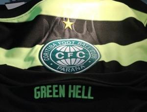 Detalhe camisa Coritiba Green Hell (Foto: Divulgação/site oficial do Coritiba Foot Ball Club)
