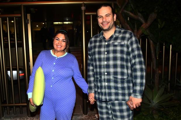 Fabiana Karla com o marido (Foto: Felipe Assumpção / AgNews)