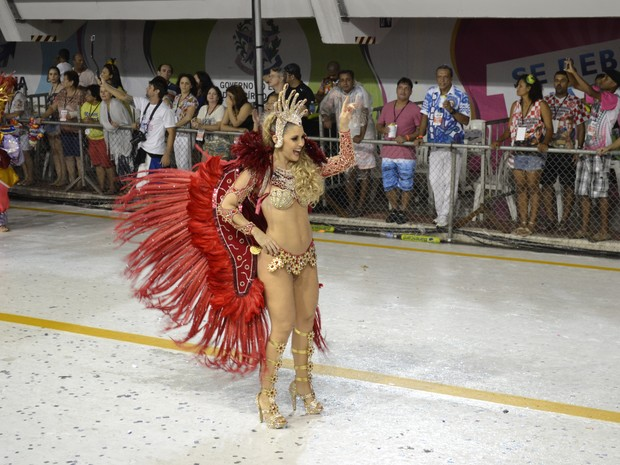Desfile da MUG (Foto: Mariana Perim/ G1)