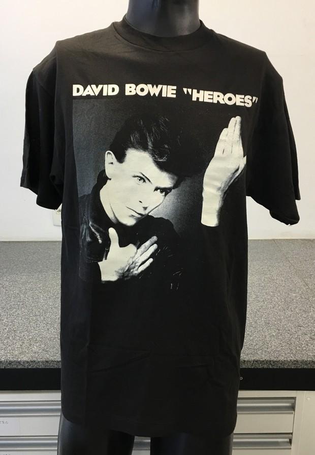 Camiseta mostra admiração de Renato Russo por David Bowie (Foto: Divulgação)