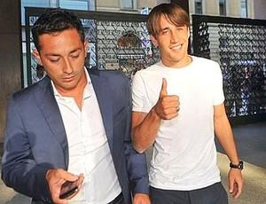 Bojan agente Giuseppe Riso Milan (Foto: Reprodução / Twitter)