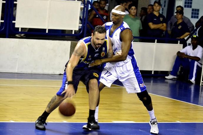 Macaé x São José Basquete NBB (Foto: Arthur Marega / São José Desportivo)
