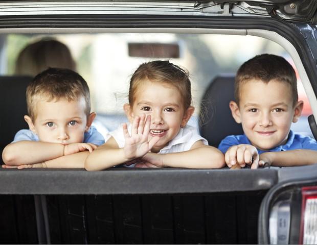 Família; carro; passeio (Foto: Thinkstock)