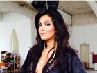 De orelhinhas, Mari Silvestre mostra bastidores de ensaio da 'Playboy'