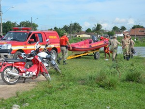 Corpo de adolescente foi encontrado nas Três Lagoas (Foto: Walter Paparazzo/G1)