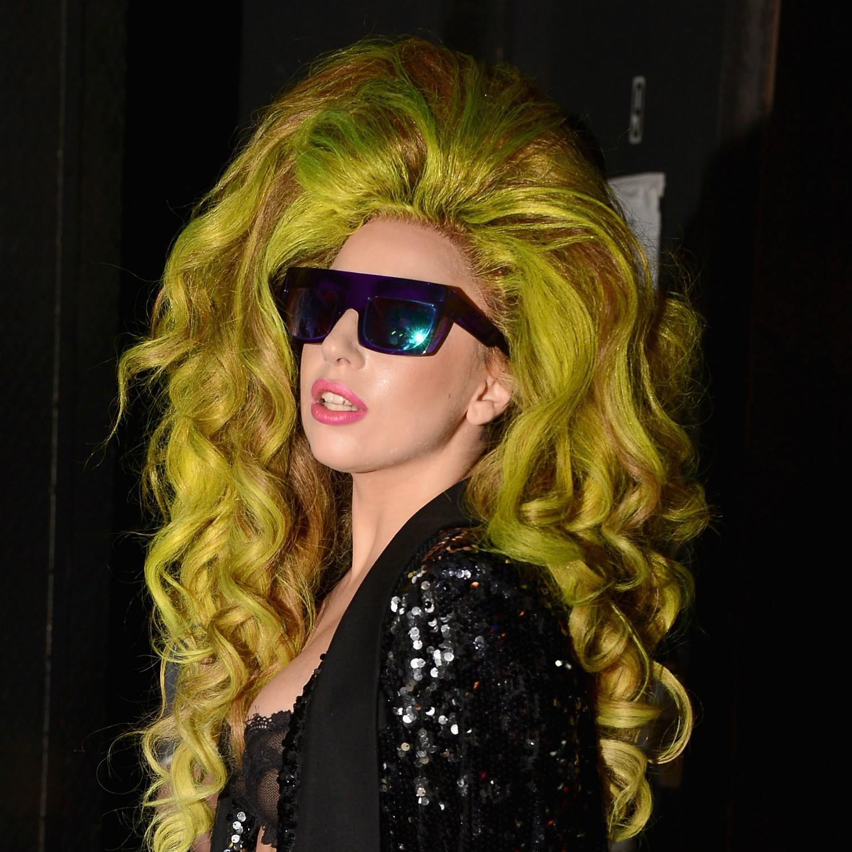 A cantora Stefani Joanne Angelina Germanotta recebeu o apelido de Lady Gaga por causa de uma música da banda Queen. (Foto: Getty Images)