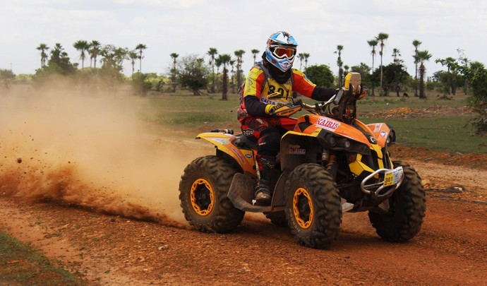 Primeiro dia de provas do Rally Piocerá (Foto: Emanuele Madeira/GloboEsporte.com)
