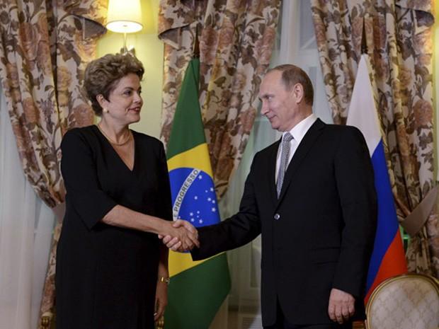 A presidente Dilma Rousseff se reúne com o presidente da Rússia, Vladimir Putin (Foto: Reuters)