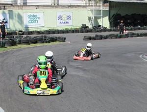 Participaram pilotos amadores e profissionais de várias regiões do país (Foto: Bruno Reis/Assessoria do Kartódromo)