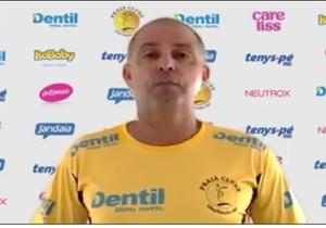Paulo Coco Praia Clube técnico (Foto: Reprodução/ vídeo Dentil/Praia Clube)