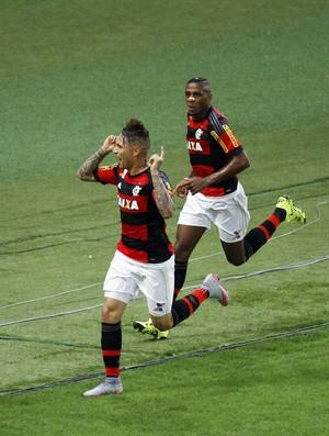 Gol Guerrero Flamengo x Grêmio Maracanã (Foto: Marcelo de Jesus/Divulgação)