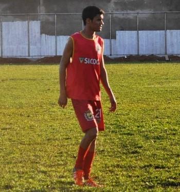 Renan Plácido, atacante do Galvez (Foto: Duaine Rodrigues)