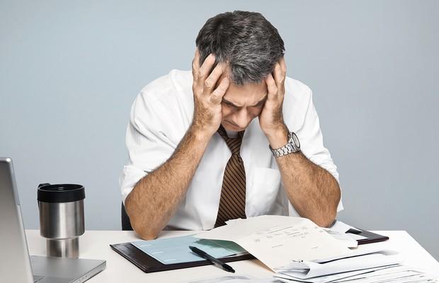 Contas a pagar ; fracasso ; estresse ; sem saída ; dia ruim ; carreira ; organização ; métodos ;  (Foto: Shutterstock)