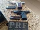 PRF prende suspeitos que viajavam com pistolas em fundo falso de carro