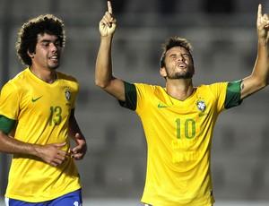 Felipe Anderson comemora gol do Brasil contra a Venezuela, Sub-20 (Foto: Agência AFP)