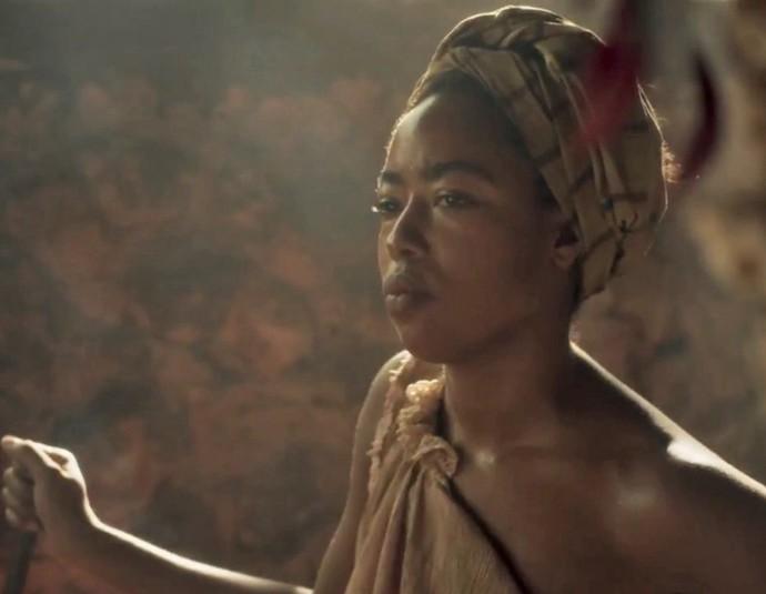 Mariana Nunes interpreta Blandina, escrava de Branca (Foto: TV Globo)