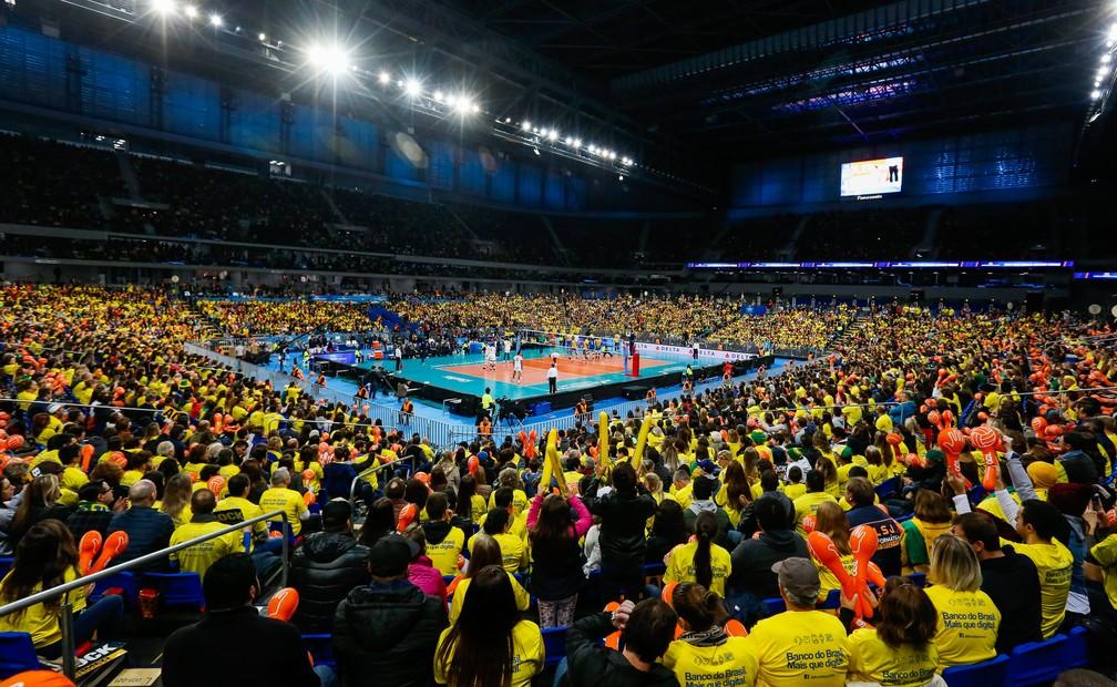 Arena da Baixada lotada (Foto: FIVB)
