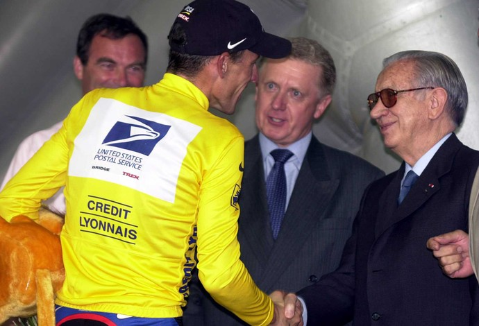 Hein Verbruggen e lance Armstrong, 2000 (Foto: Getty Images)