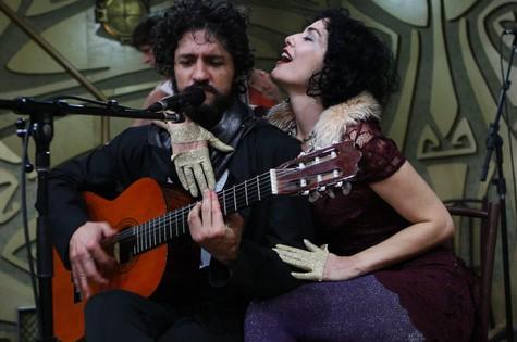 Fernando Alves Pinto e Leticia Sabatella (Foto: Michel Filho)