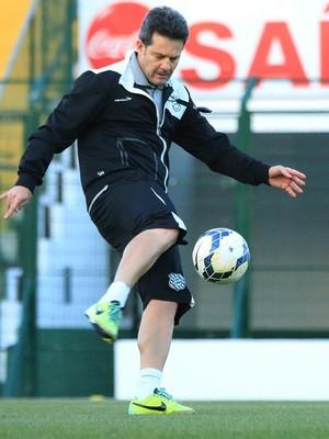 Argel Fucks Figueirense (Foto: Luiz Henrique/ Figueirense FC)