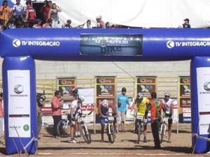 Araxá inaugura Copa Internacional de Mountain Bike 2013 (Foto: Divulgação / TV Integração)