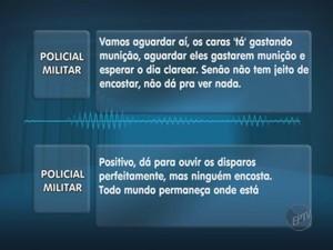 Policial orienta outros PMs para manter distância (Foto: Reprodução/ EPTV)