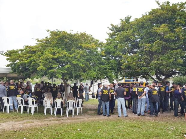 No local, as três categorias tomaram café da manhã e fazem uma assembleia geral para deliberar sobre outro ato a ser realizado ainda nesta sexta (Foto: Divulgação/Sinpol-RN)
