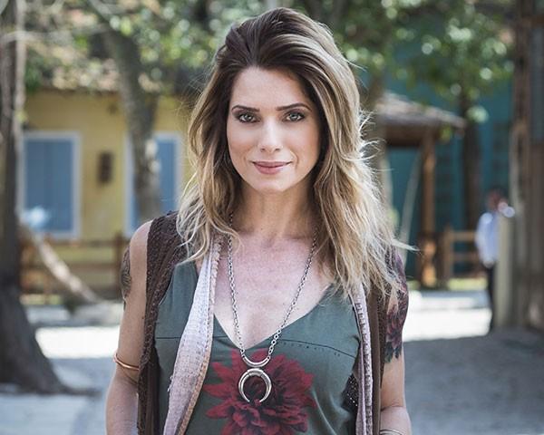 Letícia Spiller como Lenita (Foto: Divulgação/TV Globo)