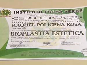 Certificado do curso de bioplastia estética feito por Raquel Policeno Rosa em Mogi Guaçu (Foto: Reprodução / TV Globo)