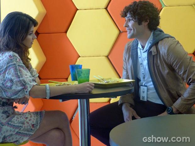 Arthur convida Manu para jantar (Foto: Geração Brasil/ TV Globo)