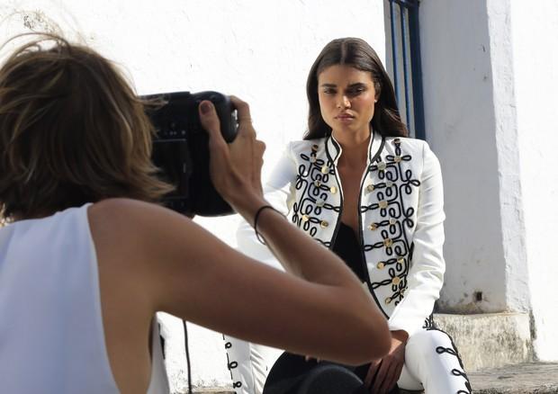 Making of: Dani Braga estrela campanha da Dimy (Foto: Reprodução)