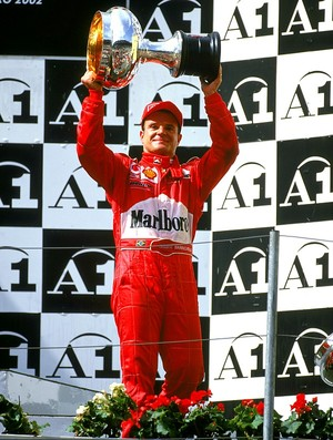Rubens Barrichello no pódio do GP da Áustria de 2002