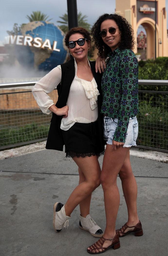 Fabiula Nascimento e Thalita Carauta se divertem nos bastidores da gravação do 'Mais Você' em Orlando (Foto: Marcos Mazini/Gshow)