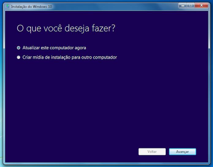 Baixando o Windows 10 no computador (Foto: Reprodução/Helito Bijora)