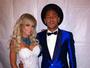 Apontada como affair de Neymar, ring girl evita assunto: 'Só amiga'