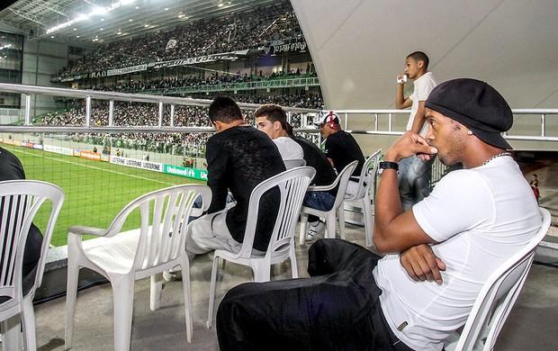 Ronaldinho Gaúcho assiste a partida do Atlético-MG contra o Bahia (Foto: Bruno Cantini / Site Oficial do Atlético-MG)