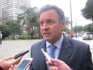 O senador Aécio Neves (PSDB-MG) durante entrevista em São Paulo (Foto: Roney Domingos / G1)