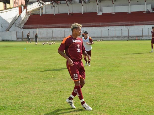 Marcelinho Paraíba diz que já se adaptou a Varginha. (Foto: Tiago Campos / Globoesporte.com)
