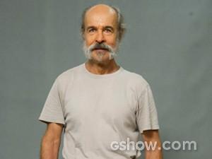Osmar Prado vive o Coronel Epa (Foto: Globo/Estevam Avellar)